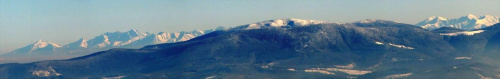 Widok ze Skrzycznego na Tatry. Od lewej: Tatry Bielskie: Hawrań # Tatry Wysokie: Jagniecy, gr.Łomnicy, Lodowy, Sz.Jaworzyńska, Gerlach # Pilsko # Tatry Zachodnie: Bystra, Błyszcz, Starorobociański, Jarząbczy