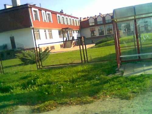 Szkoła podstawowa w Kolonii Drzewce