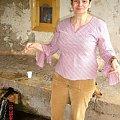 Gruzja-Gelati,moja siostra Ola przy zrodle #Gruzja #widoki #zabytki #miejsca